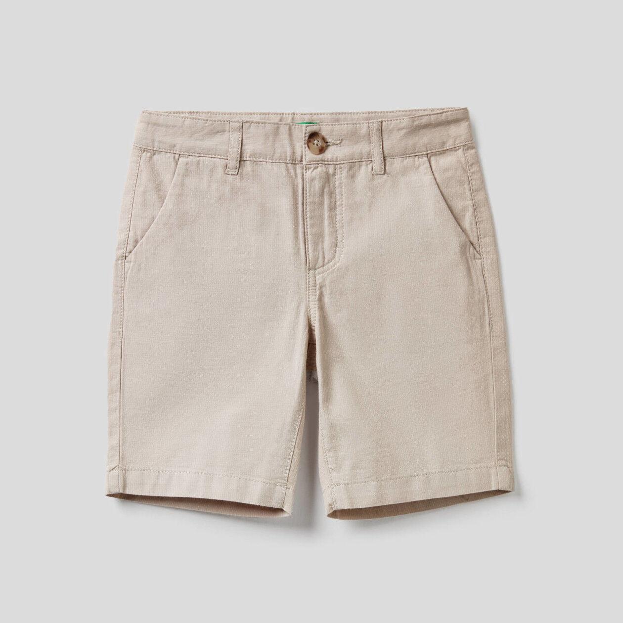 Bermudas de 100 % algodón teñido en hilo