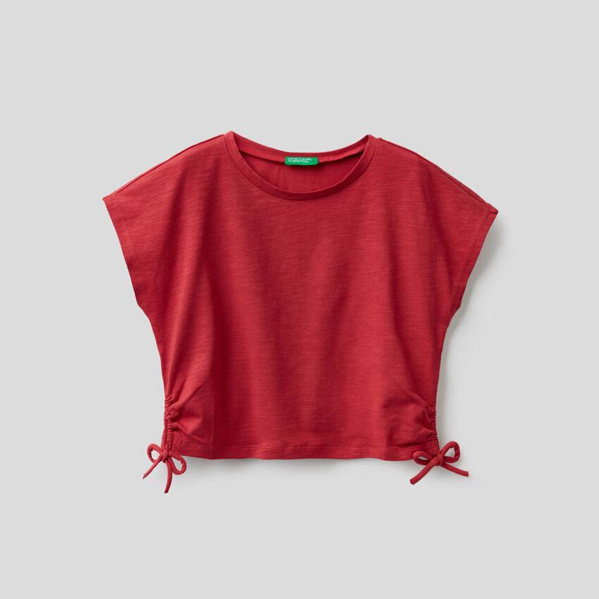 Camiseta de algodón elástico con lacitos