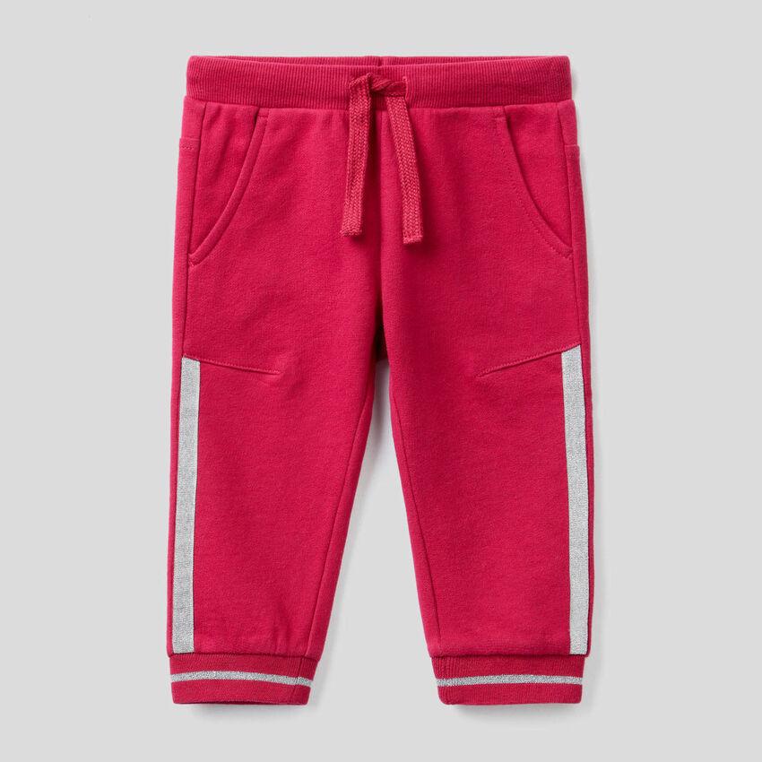 Pantalón de felpa con detalles de lúrex