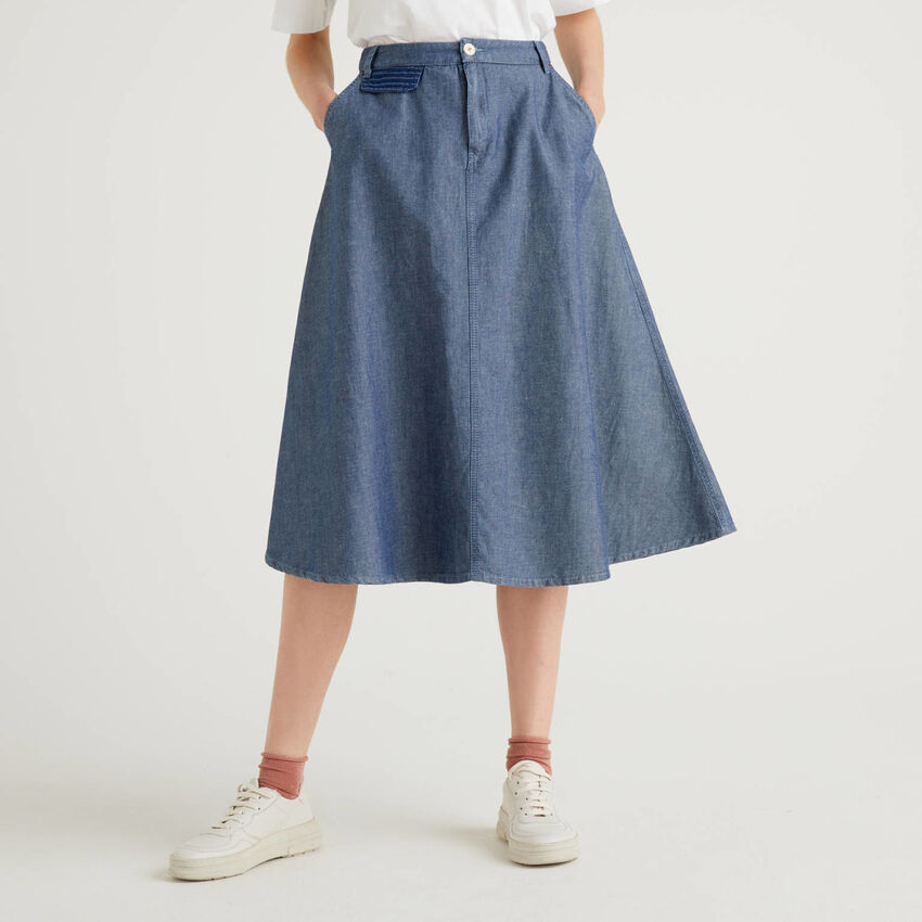 Falda midi en denim de algodón mixto