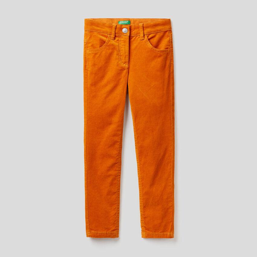 Pantalón de pana elástica