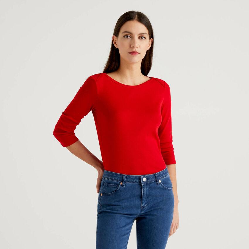 Camiseta de 100 % algodón con escote barco