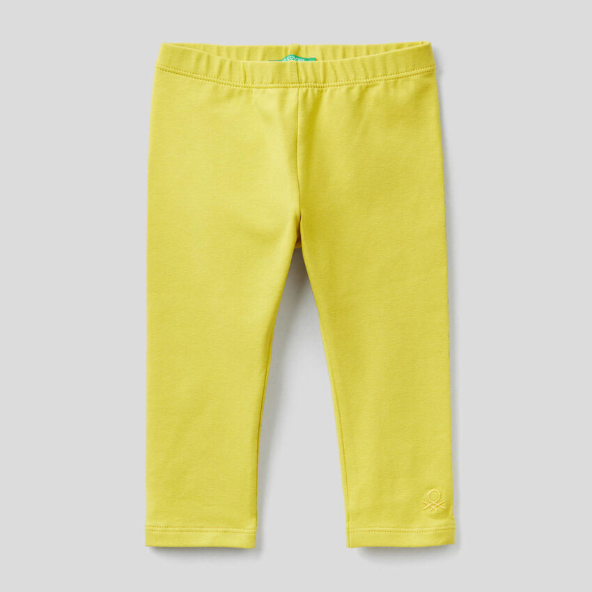 Leggings amarillos de algodón elástico