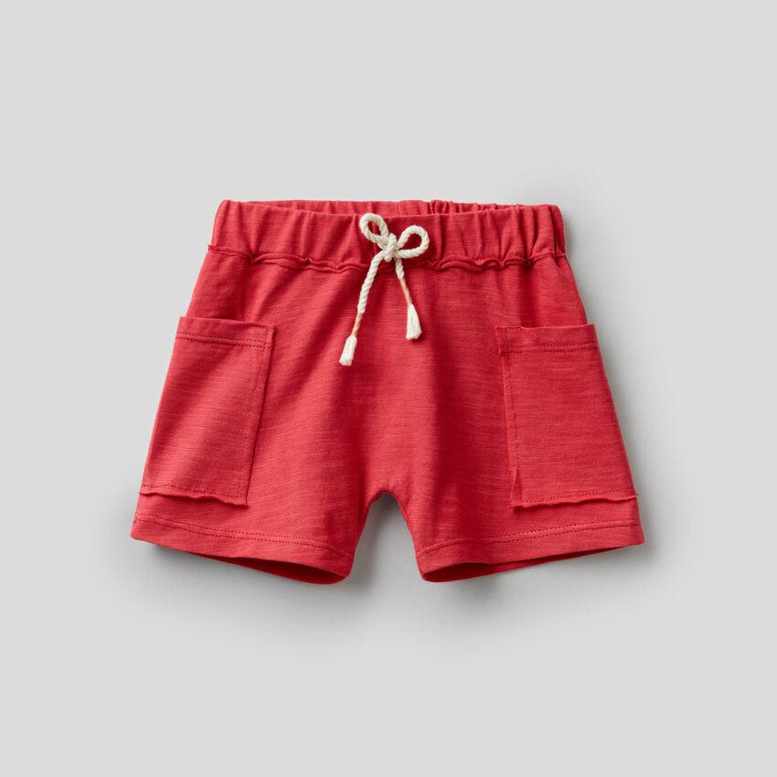 Pantalón corto de 100% algodón orgánico