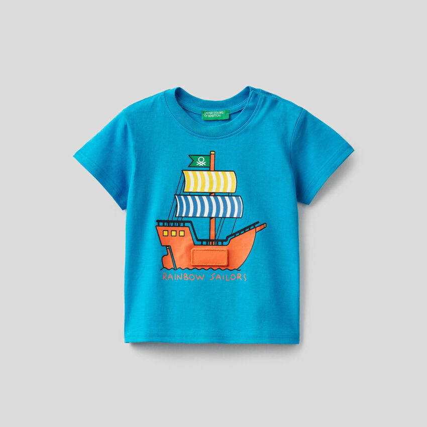 Camiseta boxy con estampado de navío