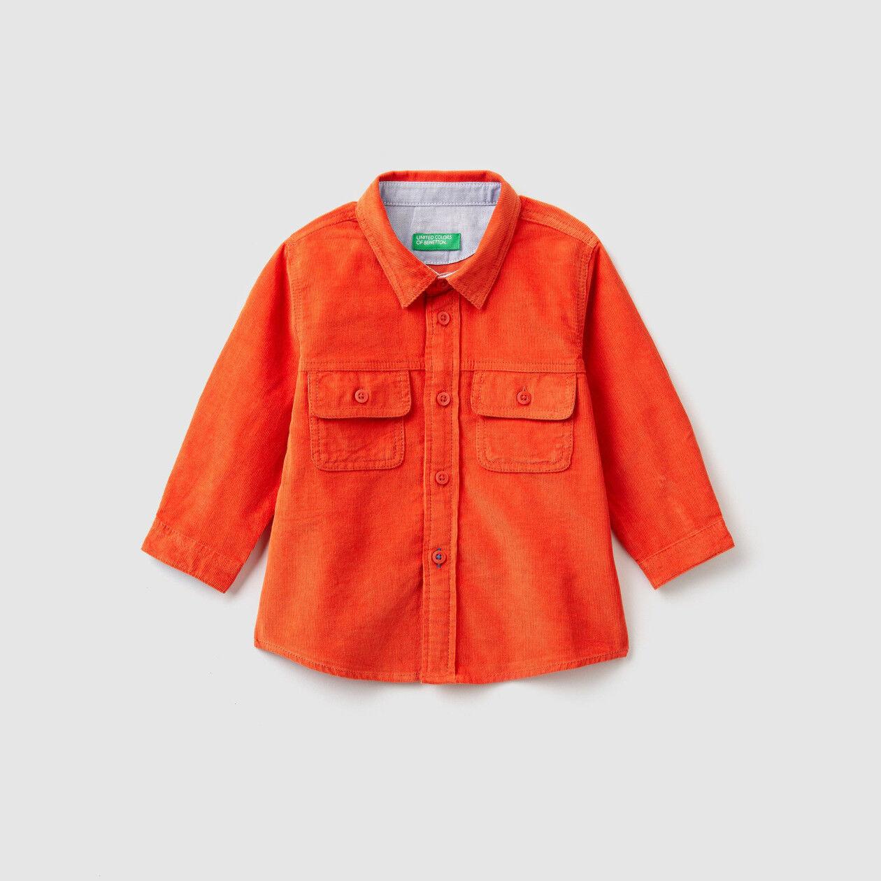 Camisa de terciopelo
