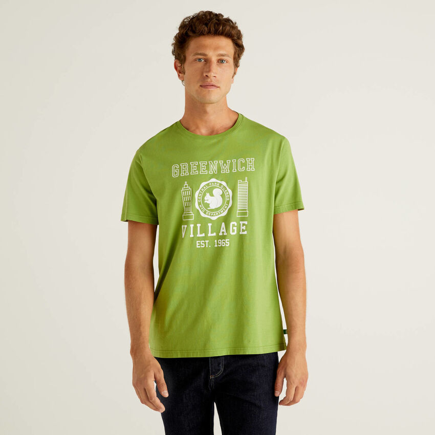 Camiseta con estampado de 100 % algodón orgánico